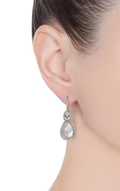 Rose floral mini dangler earrings