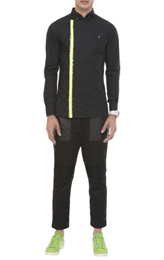 NoughtOne Cutaway collar shirt with neon detailing