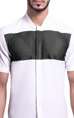 Ribbed mesh active shirt