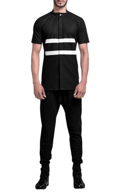 Stripe pattern notch collar shirt