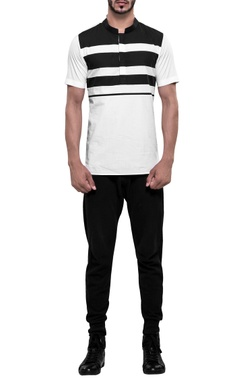 NoughtOne Stripe panel roman collar t-shirt