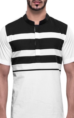 Stripe panel roman collar t-shirt