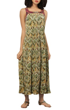 Reynu Taandon Pleated maxi dress with threadwork embroidery