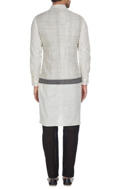 Handloom cotton nehru jacket.