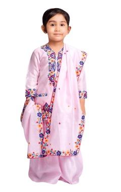 Kashmiri embroidered kurta with pleated pants.
