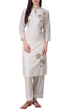 Rose motif hand embroidered sequin tunic
