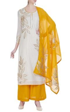 Gota patti embroidered straightfit kurta set