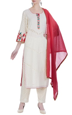 Parsi embroidered kurta set