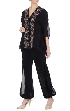 Embroidered floral top with pants