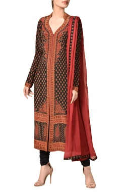 Crepe silk kashmiri-inspired printed kurta set
