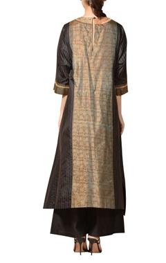 Machine & hand embroidered kurta set