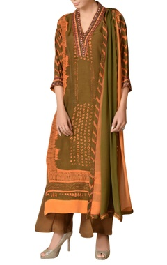 Mirror embroidered abstract printed kurta set