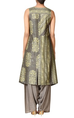 Chanderi silk asymmetric kurta set