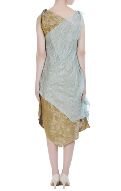 Knot style asymmetric dress