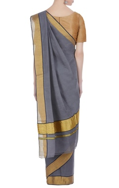 Handloom pure cotton sari with gold border & unstitched blouse