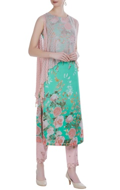Floral print cape layer kurta with pants