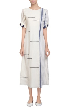 Tassel sleeves detailed tunic