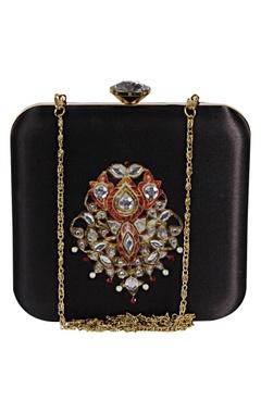 Zardozi & hand pearl embroidered clutch