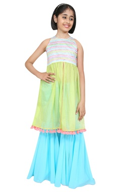 Chiquitita kids couture by Payal Bahl Threadwork embroidered long kurta with sharara pants