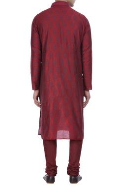 Thread embroidered cotton silk kurta with churidar