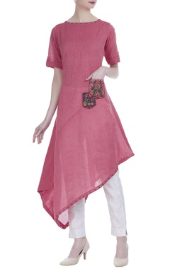 Straight fit tunic with embroidered pockets