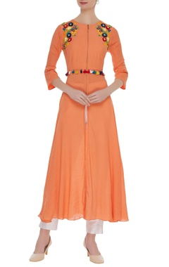 Tassel embroidered kurta