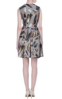 Skater dress in feather print