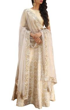 Ranian Zari brocade lehenga with blouse and dupatta