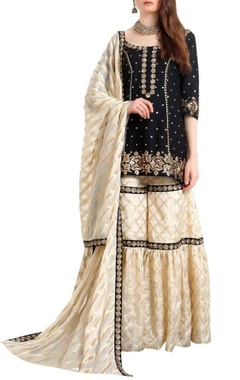 Ranian Zari & sequin hand embroidered kurta-gharara set