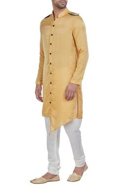 Shoulder flap kurta