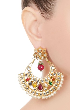 Kundan & pearl beaded earrings