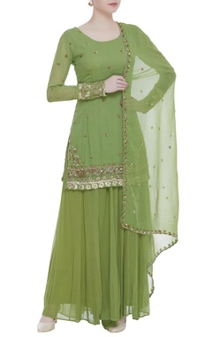Butti embroidered kurta with sharara pants and dupatta