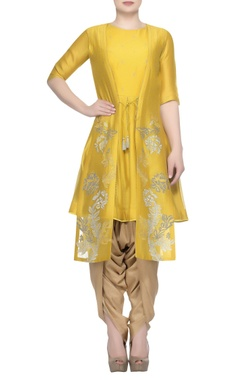 Devnaagri Embroidered jacket with kurta and dhoti pants