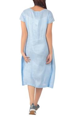 Midi dress with center pocket