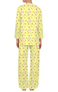 Henley neckline printed nightwear set