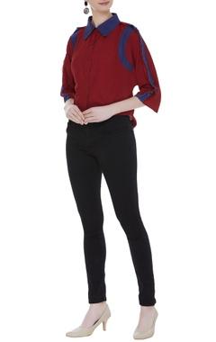 Short shirt with fringe shoulder sleeves