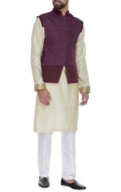 Kunal Anil Tanna - Men Textured nehru jacket