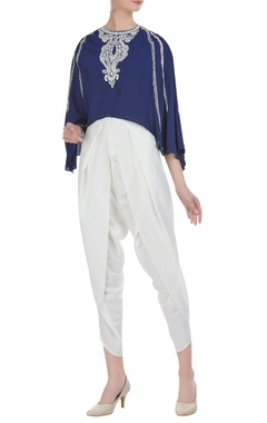 Embroidered flared sleeves top with draped pants