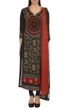Ritu Kumar Warli painting inspired embroidered kurta set