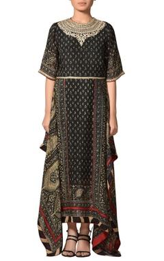 Asymmetric embroidered long kurta