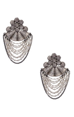 Motifs by Surabhi Didwania Pure silver earrings with fresh water pearls