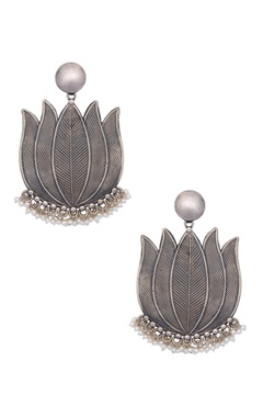 Motifs by Surabhi Didwania Pure silver statement earrings