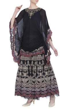 Kavita Bhartia Embroidered blouse with flared skirt