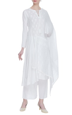 House of Kotwara Chikankari & kamdani kurta with pants & dupatta