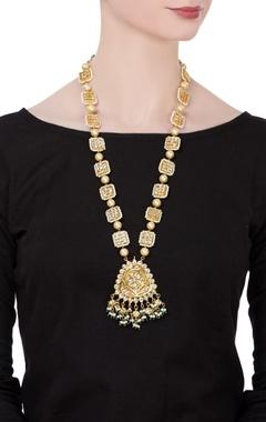 Long pearl & kundan necklace