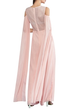 Flowy sleeves jumpsuit with cold shoulder