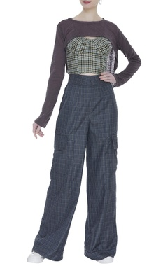 Checkered high waist trousers with corset & blouse