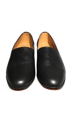 Dual color espadrille style shoes
