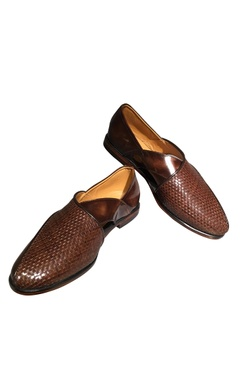 Peshawari woven handcrafted shoes