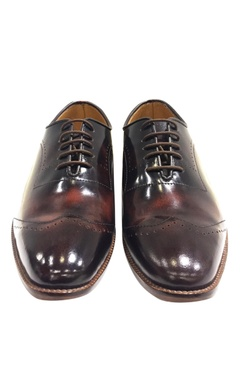 Earthy handcrafted leather shoes